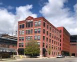 Downtown Sublease w/ ON-SITE PARKING $95/month